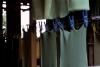 Fase di asciugatura dei fogli di gomma, Amazzonia © giorgio cossu.jpg