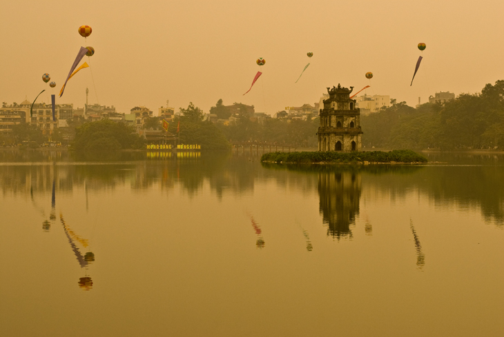 hanoi-lake-new-year