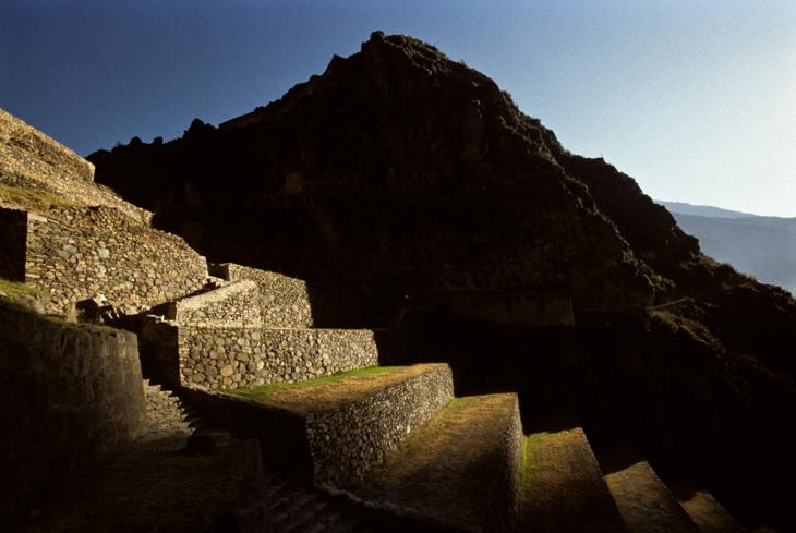 ollantaytambo-incas-ruins-peru-